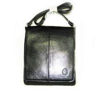 Мужские сумки.  Наш интернет-магазин предлагает различные модели мужских кожаных сумок, оптом в том числе.