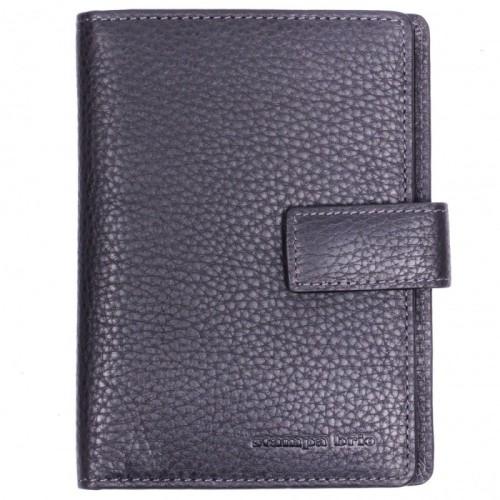 Обложка для паспорта Stampa Brio 214-1237P 02.01 LS Обложка для паспорта Stampa Brio 214-1237P 02.01 LS Внутри обложки кармашки, в которые можно загнуть страницы документа, чтобы предотвратить их сминание, и кармашки для карточек. Закрывается на хлястик с кнопкой.